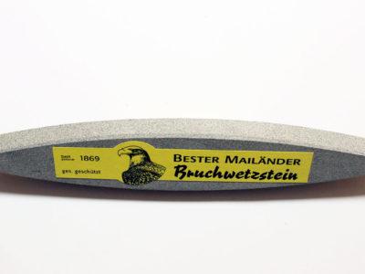 Mailänder Bruchwetzstein bei Schwarzwaldmesser